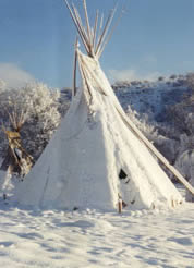 Tipi in the snow